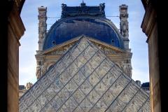 Le Louvre - La Pyramide